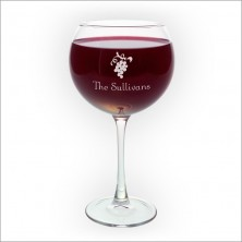 red-wine-glasses-with-design-3247dyo